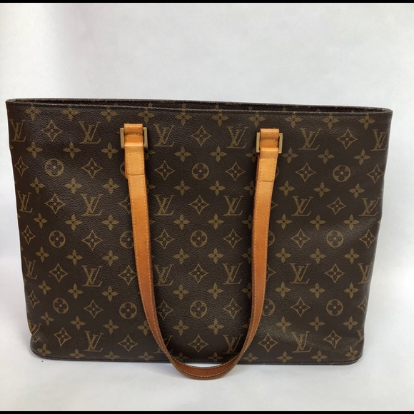 6018369a6b85 Louis Vuitton Handbags - Louis Vuitton Monogram Luca Tote